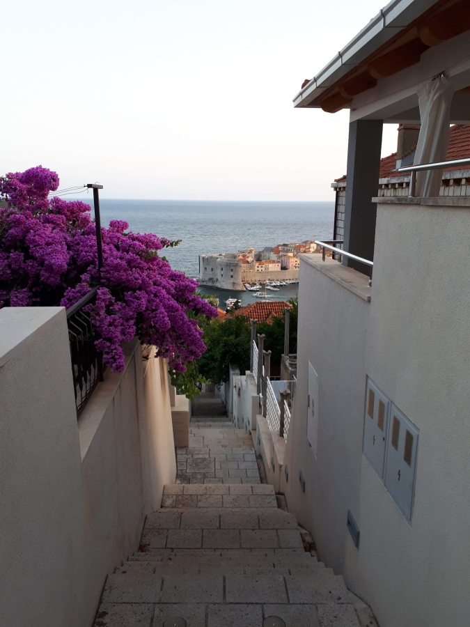Steps from Ploce to Old Town